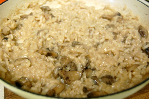 Mushroom risotto with thyme and parmesan cheese