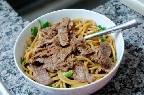 Cold Asian noodles with beef